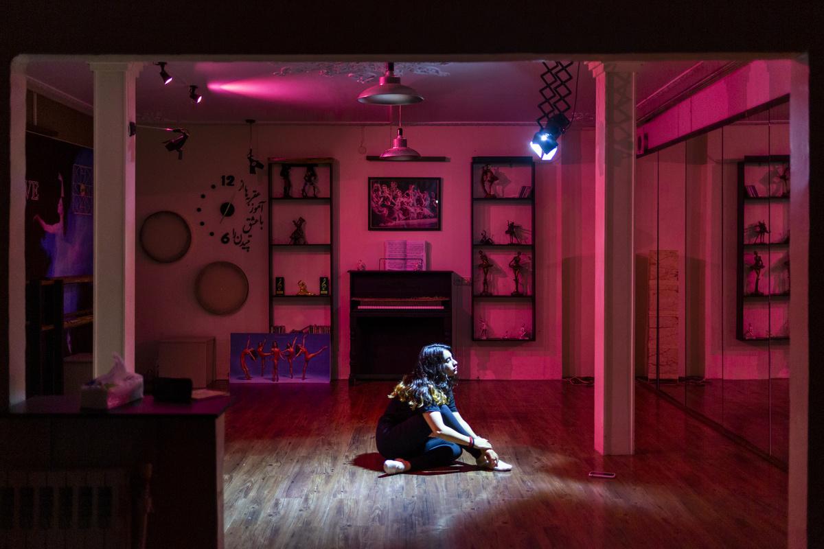 ShirinAbedi - May I Have This Dance? - Felix Schoeller Photoaward