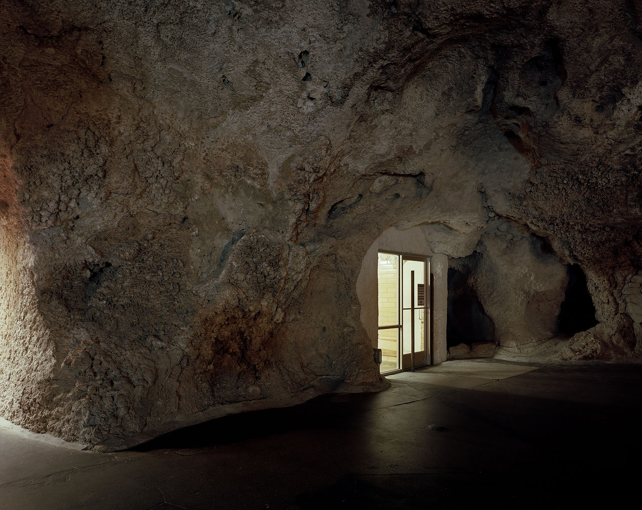 Austin Irving - SHOW CAVES - Felix Schoeller Photoaward
