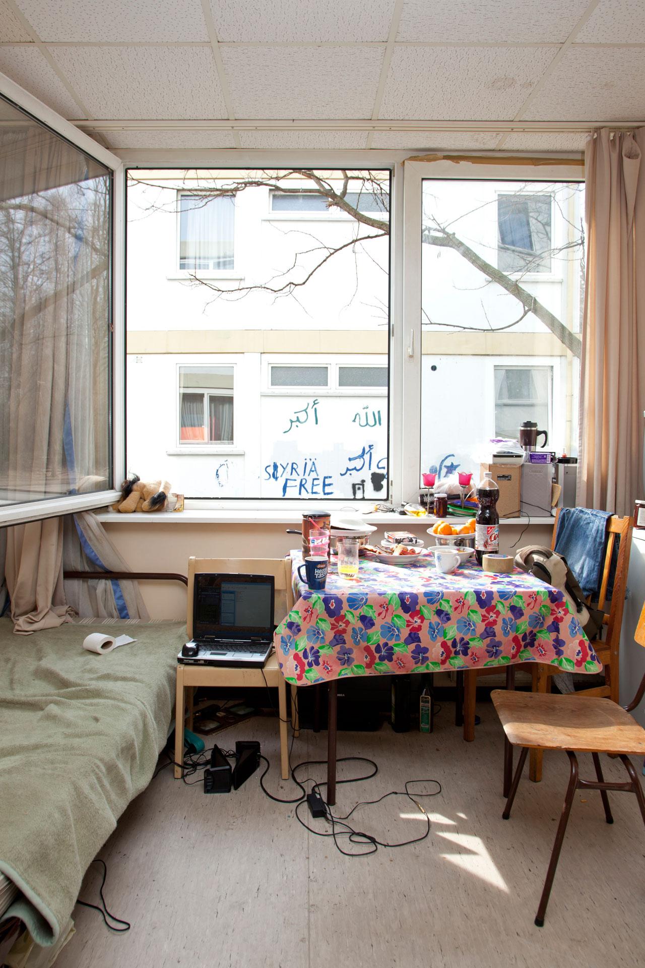 Silke Schwarz - 17 qm - Warten auf Heimat - Felix Schoeller Photoaward