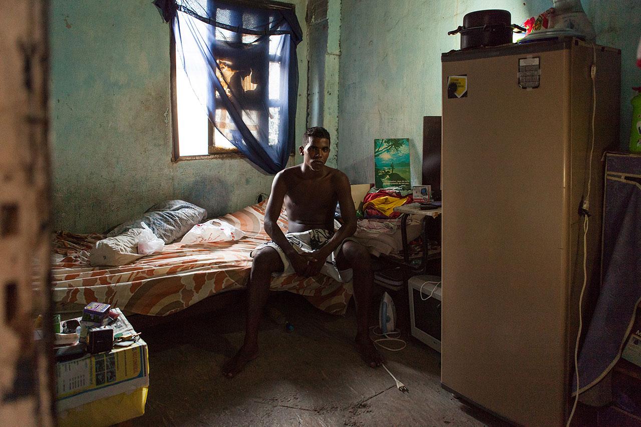 Antonello Veneri - Suburban Interiors - Felix Schoeller Photoaward